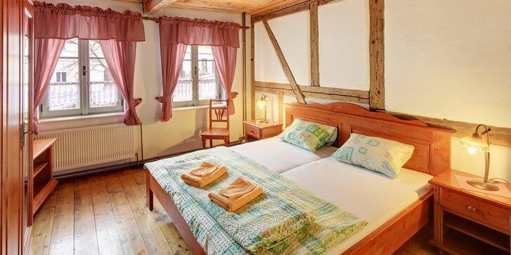 Romantický pobyt v Bečově nad Teplou pro dva: ubytování s nádechem historie a se stravou