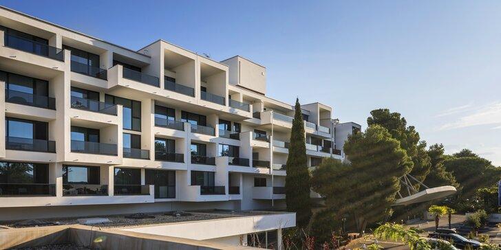 Letní dovolená v chorvatském Zadaru: 4* hotel s all inclusive, u pláže a s bazény