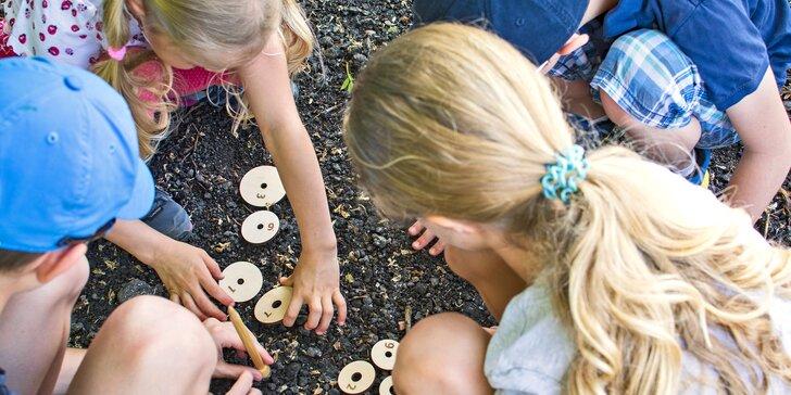 Venkovní Putovní hra Arcana u Zámku Svijany pro až pětičlennou rodinu