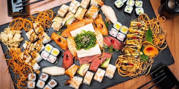 Degustační sushi sety s lososem, mangem, tuňákem i krevetami: 18–70 ks
