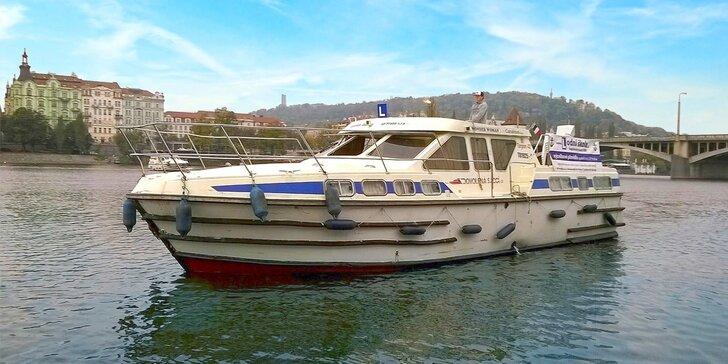Staňte se kapitánem: večerní kurz VMP pro řízení rekreačních lodí