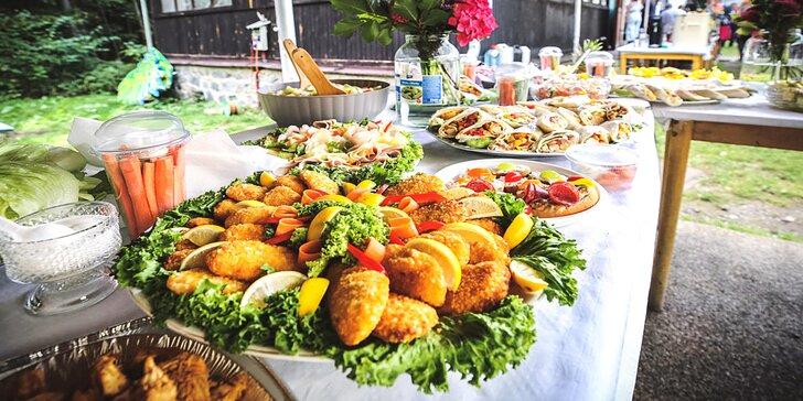 Otevřené vouchery na catering: chlebíčky, obložené mísy, jednohubky i řízky