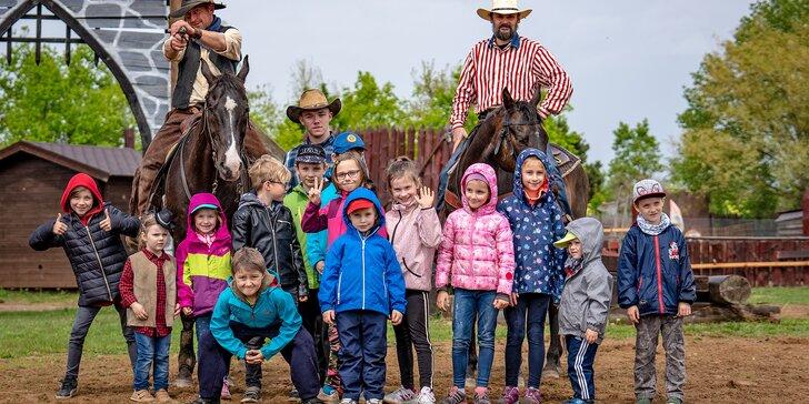 Program pro rodiny s dětmi v Tvrzi Hummer: piráti, rytíři, Divoký západ aj.