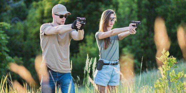 Dvojitá nálož adrenalinu: střelecké balíčky pro 2 osoby až s 21 zbraněmi