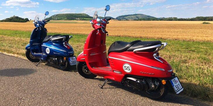 Vyjeďte si na výlet: zapůjčení skútru Peugeot i s přilbou a zámkem na 12 hod., den či víkend