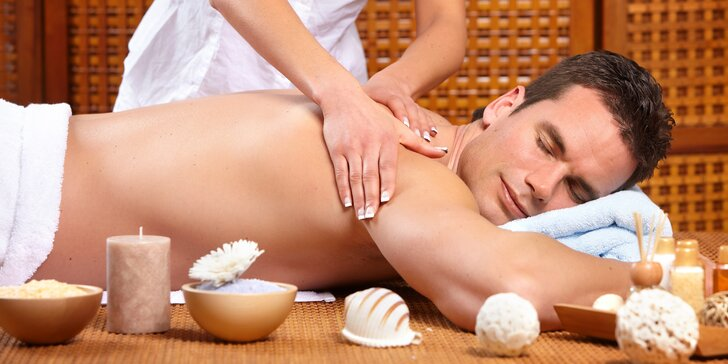 Relaxace pro muže v salonu Thai Sun: výběr thajských masáží i speciální masáž hlavy, welcome drink