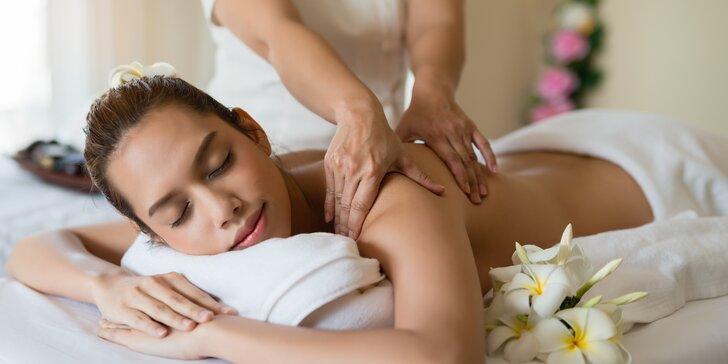 Nechte se hýčkat: 60minutová luxusní masáž dle výběru a 30minutová aroma lázeň