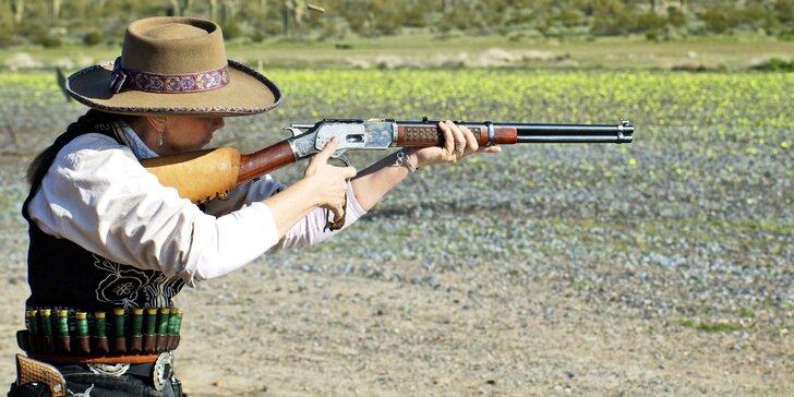 Divoký západ: western balíček s replikami zbraní z konce 19. století v podzemní střelnici