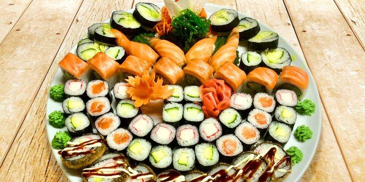Zajděte na sushi sety: 20, 24 nebo 60 rolek s lososem, krabem i vege