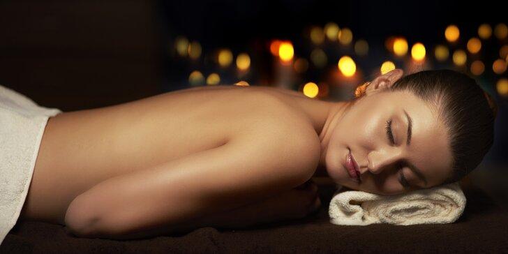 Dárkové poukazy v hodnotě 500, 1000 nebo 1500 Kč na služby masážního centra