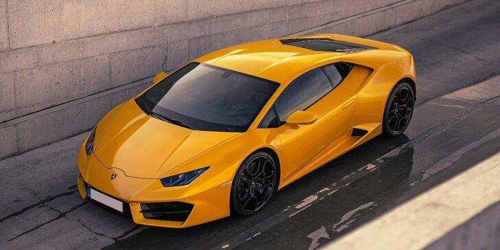 Zkroťte 640 koní nejnovějšího Lamborghini Huracan: 15–45 min. řízení či spolujízdy s palivem a pojištěním