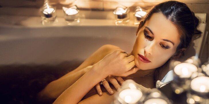 Levandulový relax pro jednoho či dva: perličková koupel, masáž plosek nohou i 20% sleva do restaurace