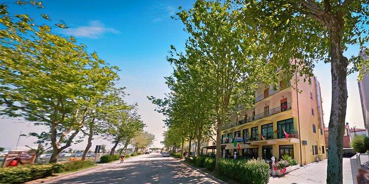 Na 7 nocí do slunné Itálie: 3* hotel jen 150 m od pláže, polopenze nebo light all inclusive