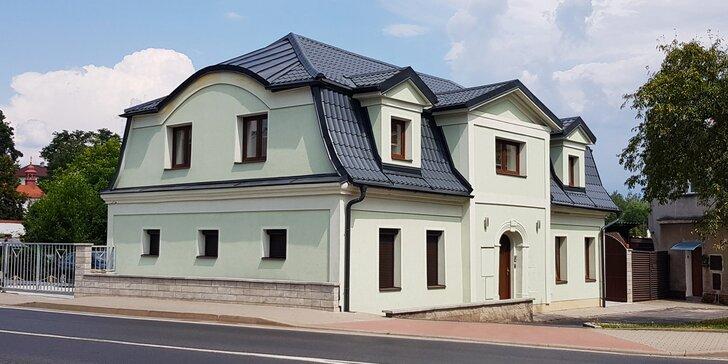 Pobyt pro dva nedaleko Máchova jezera : moderní apartmány s terasou i grilem a 90 minut v privátním wellness