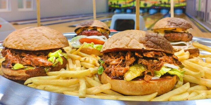 Bowling a bramborové lupínky nebo burgery v mini, klasik i mega verzi