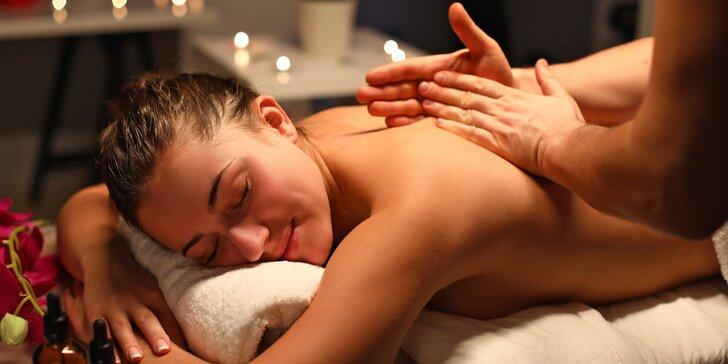 30, 50 či 120 minut relaxu: masáž zad a šíje, nohou i celého těla přírodní českou kosmetikou