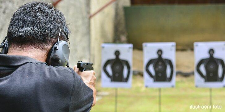 Relaxace s vůní střelného prachu: až 8 zbraní či 52 nábojů na střelnici Hliník