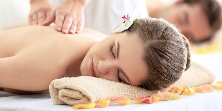 60 minut relaxace: thajská královská masáž pro jednoho nebo pár