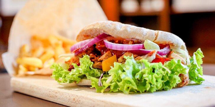 Kebab s trhaným kuřecím masem a nápoj či hranolky pro 1 i 2 osoby