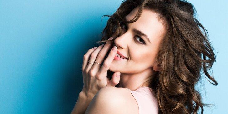 Kadeřnické balíčky: dámský střih, barvení odrostů, detox i kúra proti padání vlasů