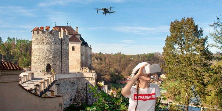 Vyhlídkový let dronem sledovaný brýlemi pro virtuální realitu: Praha a okolí až 250 km