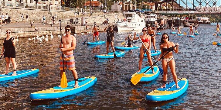 2hodinový kurz paddleboardingu na Vltavě pro 1–4 začátečníky i pokročilé včetně občerstvení