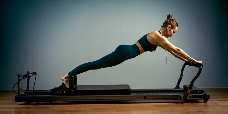 Skupinová lekce pilates, Port de Bras, fitbaletu nebo individuální hodiny cvičení na strojích