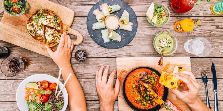 Designová restaurace v Holešovicích: cokoli z menu včetně drinků i nedělních brunchů