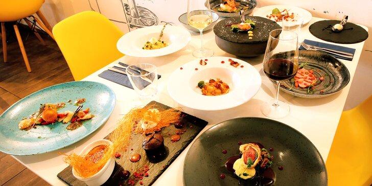 Degustační 11chodové menu pro dva: hovězí wellington, krevety, losos i vinné párování