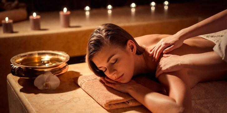 90min. relaxační balíček pro dámy: vířivka, nahřátí zad infra lampou a jejich masáž i pleťová maska