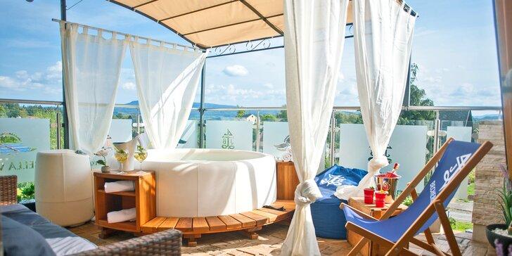 Relaxace s výhledem: 2 hodiny v privátním wellness na střeše hotelu pro 2 osoby