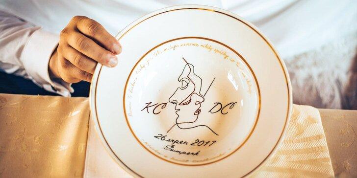Namalujte si vlastní hrníček, talíř nebo dlaždičku jako obrázek na kurzu malování porcelánu