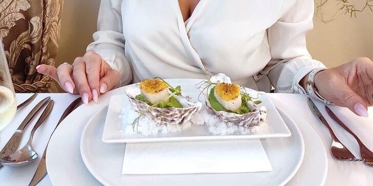 Luxusní restaurace v zeleni: degustační šestichodové menu pro 2 osoby
