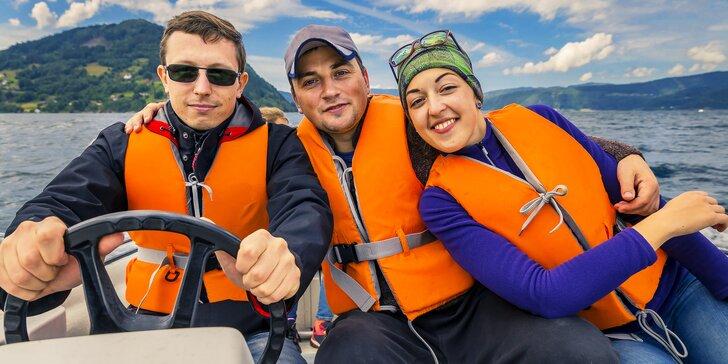 Plná nádrž na Lipně: zapůjčení motorového benzínového člunu až pro 6 osob