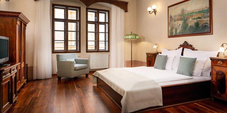 Orloj jako na dlani: pobyt ve 4* hotelu na Staroměstském náměstí se snídaní