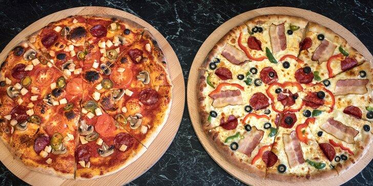 Pizza o průměru 32–40 cm dle výběru: prosciutto e funghi, quattro formagi i diavola s chorizem