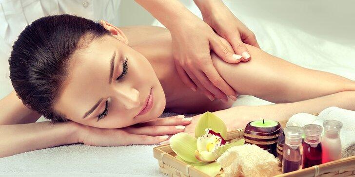 30–90min. masáže: záda nebo šíje, Breussova a Dornova metoda i medová nebo s baňkami