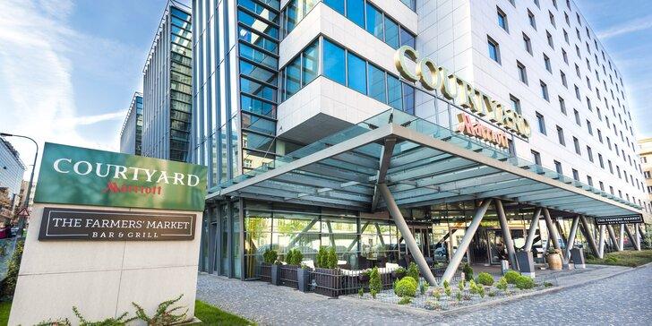 Pobyt v hotelu Courtyard by Marriott: výborná lokalita, snídaně, víno i fitness, 2 děti mají pobyt zdarma
