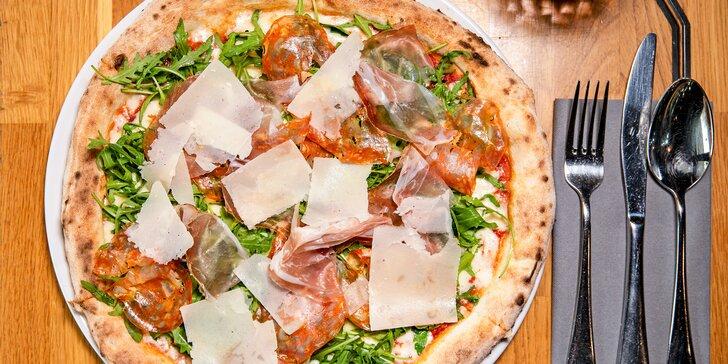 Vstup na Žižkovskou věž a pizza podle výběru v restauraci Miminoo