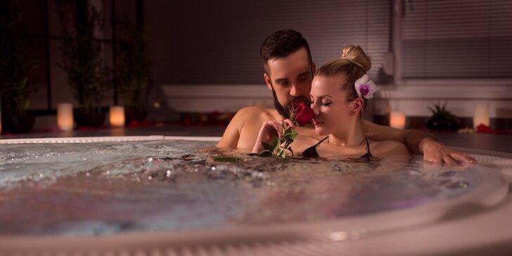 3 hodiny romantiky: privátní wellness s vířivkou a finskou saunou pro dva