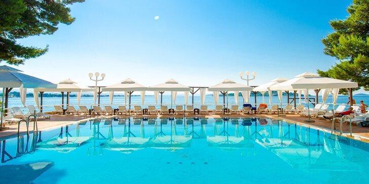 Poznejte Chorvatsko a krásy Dalmácie: pobyt s plnou penzí a bazénem