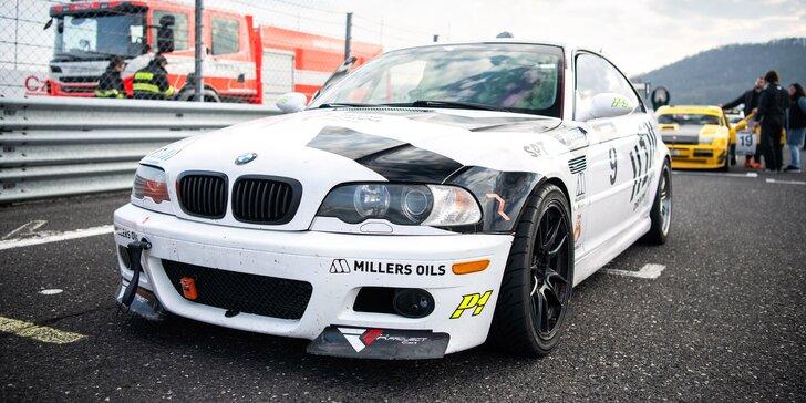 Až 9 kol na jednom ze 3 okruhů v BMW M3 nebo 130i Cup s rallye závodníkem Martinem Semerádem