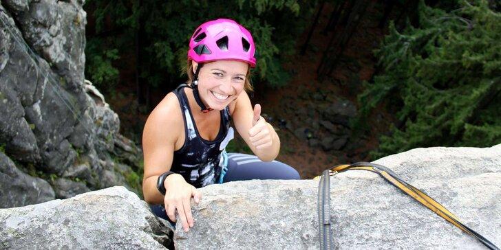 Základní celodenní skupinový kurz lezení na skalách pro 1 nebo 2 osoby