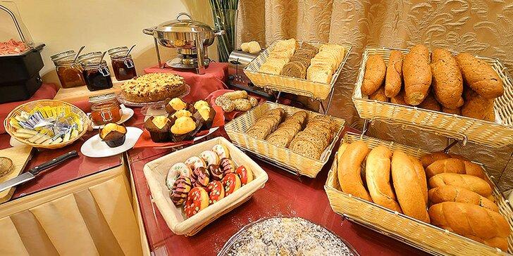 Udělejte si hezké ráno: bohaté all you can eat snídaně v hotelu Angelis