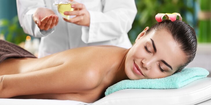 60minutová masáž zad, šíje a ramen přírodními oleji za použití speciálních technik