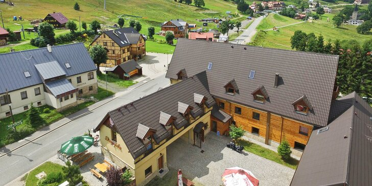 Útulný horský hostinec z polské strany Orliček: snídaně, spa zóna s neomezeným přístupem