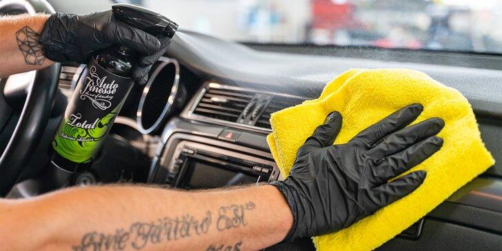 Dezinfekce klimatizace, tepování sedaček i kompletní čištění auta