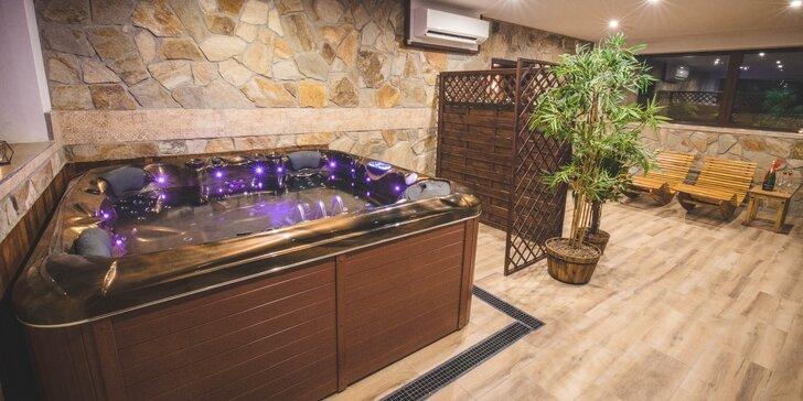 Pobyt v Beskydech pro 2–5 nocležníků: ubytování v rodinném penzionu, snídaně i vířivka