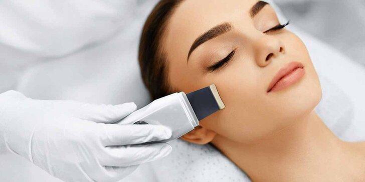 Kosmetické ošetření obličeje: čištění ultrazvukem, ozonizér i masáž