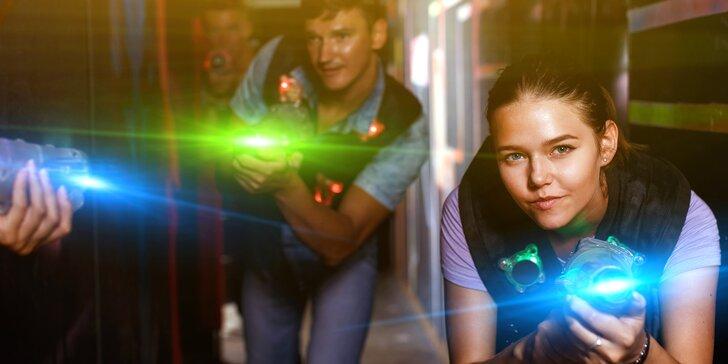 Akce a zábava: laser game pro 1–10 osob v moderní pražské aréně vč. možnosti mít arénu pro sebe
